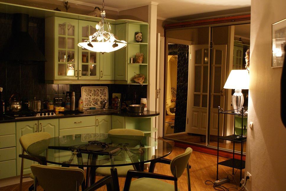 Фото кухня столовая